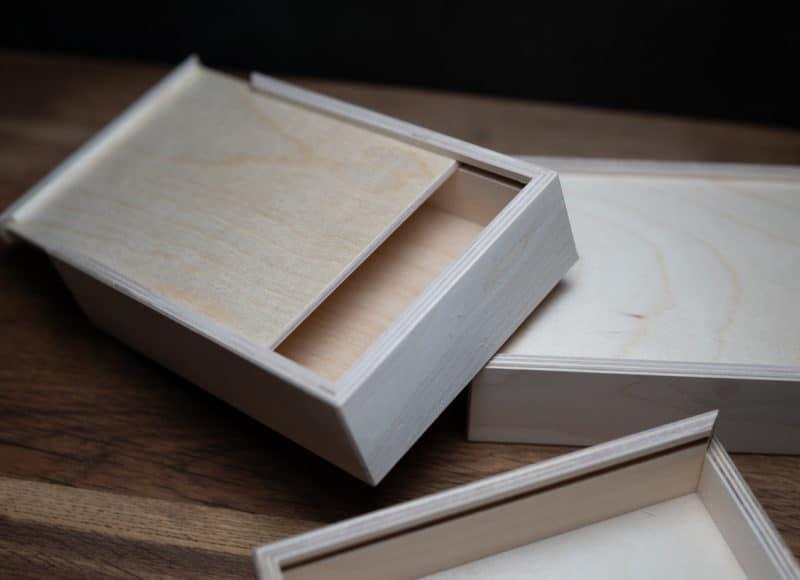 Natürlich Verpacken meine Holzboxen individuell graviert für Fotografen Videografen Kreativ Verpacken Wedding Box Eure Holzgeschenkbox Jenn und Sascha Mister and Misses Woodbox
